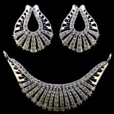 designer diamond sets designer diamond tanmaniya set diamonds diamond jewels