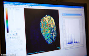 fingerprint scan detects traces of food and even knows what sex
