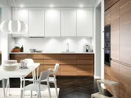 armoire cuisine en bois 1001 conseils et idées pour aménager une cuisine moderne