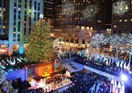 the rockefeller center christmas tree is 1025 ksfm