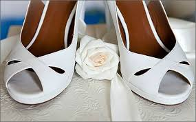 wedding shoes for wide wedding shoes in wide widths guide wide wedding shoes ideas