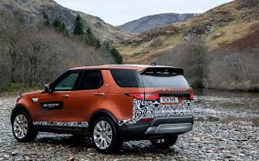 burnt orange range rover comparison land rover discovery 5 hse 2017 vs bentley