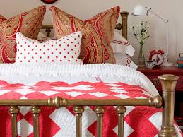 Mix Patterns Like A Pro HGTV - Bedroom pattern ideas