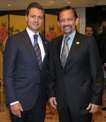 sultan hassanal bolkiah file mexican president enrique peña nieto with sultan of brunei