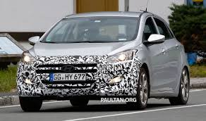 kereta hyundai ioniq spyshots hyundai preparing i30 hatchback update in face of