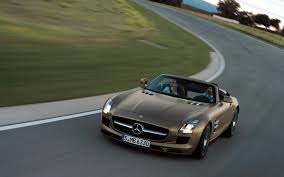 mercedes sl amg black series report mercedes sls amg black series will pack 650 hp cost 500 000