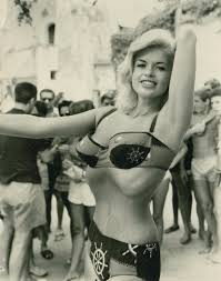 jane mansfield woman with 16 inch waist page 3