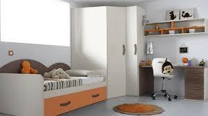 rangement armoire chambre des armoires déco et pratiques pour la chambre on vous dit tout