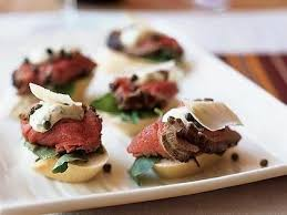 beef canape recipes seared beef tenderloin mini sandwiches mustard horseradish sauce