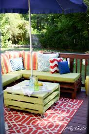 Patio Furniture Made With Pallets - pallet furniture porch makeover place of my taste decorating ideas