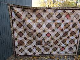 wedding gift quilt q u i quilted the influence same pattern different quilts