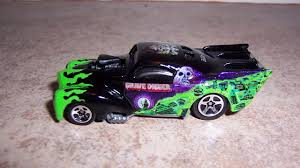 grave digger 30th anniversary monster truck monster jam custom monster truck 1 64 wheels willy u0027s grave
