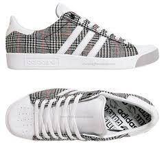 walking shoes and black friday deals and amazon 1016 best absolute trainers images on pinterest trainers adidas