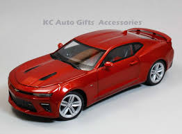 auto world aw230 2016 chevy camaro ss red 1 18 scale diecast