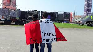 Lima Flag The Cranberries In Concert In Lima Tonight U2013 Live Report