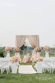 Small Backyard Wedding Ceremony Ideas by Best 25 Wedding Ceremony Decorations Ideas On Pinterest Wedding