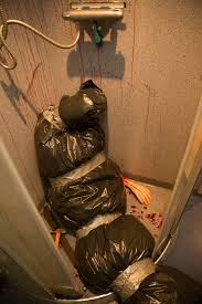 Crime Scene Bathroom Decor Halloween Horror Ideas Scare Your Guests With These Easy To Make