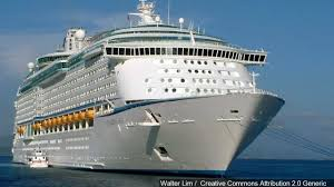 royal caribbean cruise ship caught in storm klfy