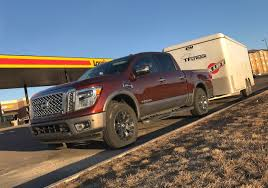 truck nissan diesel 2017 nissa titan half ton 100 mile towing mpg loop and 0 60 mph