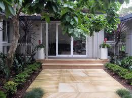images about entrances modern landscaping pictures house entrance