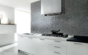 cuisine carreaux faience pour cuisine blanche 10 carrelage mural metro blanc noir
