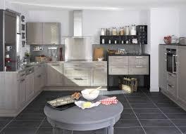modele cuisine lapeyre cuisine fjord gris patine blanc avec ses portes en chêne le