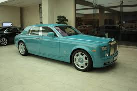 royal rolls royce turquoise rolls royce phantom in qatar youtube