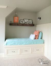 how to build a daybed how to build a daybed jogging path built in day bed free plans diy