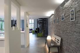 couleur cuisine mur couleur murs cuisine avec meubles blancs avec salon avec carrelage