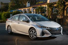 cars toyota 2017 2017 toyota prius prime review ratings specs prices and photos
