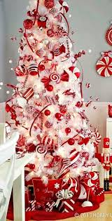White Christmas Decorations Pictures by Best 25 Peppermint Christmas Decorations Ideas On Pinterest