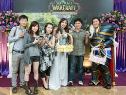 Warcraft Halloween Costume Warcraft Fans Marry Costumes Video Game Daily