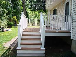 Small Backyard Deck Patio Ideas Best 25 Small Deck Patio Ideas On Pinterest Small Deck Space