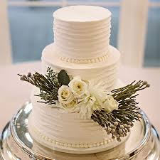 wedding cake buttercream classic weddings sweet memories bakery crave event caterers