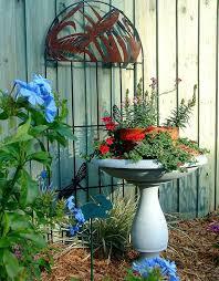 Bird Bath Decorating Ideas 126 Best Birdbaths Images On Pinterest Garden Ideas Beautiful