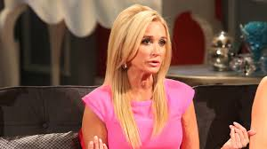 kyle richards needs to cut her hair the fall of kim richards star of real housewives of beverly hills