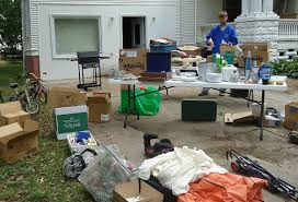 Organizing A Garage Sale - gratituesday yard sale heavenly homemakers