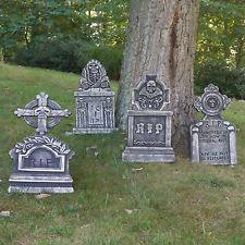 Scary Halloween House Decorations Tombstone Halloween Decoration Outdoor Scary Haunted Graveyard