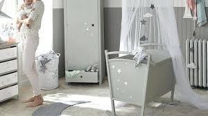 pourquoi humidifier chambre bébé la chambre de bebe une chambre branchace pour bacbac chambre bebe