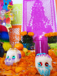 colorful colors what are the traditional colors of the day of the dead live