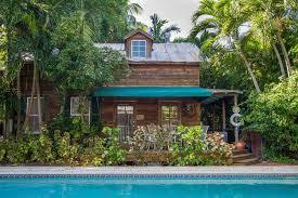 Red Barn Theatre Key West Fl Garden Cottage Key West Fl Booking Com