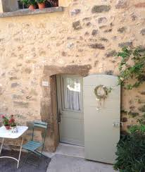 chambre hote lourmarin la chambre d hôte de lourmarin bed and breakfasts for rent in