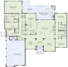 House With 2 Master Bedrooms Best 25 Open Floor Plans Ideas On Pinterest Open Floor House