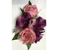 corsages near me wrist corsages delivery wyoming mi wyoming stuyvesant floral