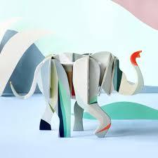 trophee elephant carton totem éléphant u2013 objet carton 3d studio roof madeleine décoration