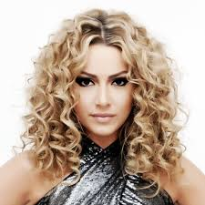 curled hairstyles medium length hair loose perm medium length hair popular long hairstyle idea