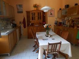 cuisine maison bourgeoise maison bourgeoise sur un hectare avec maison d amis et piscine