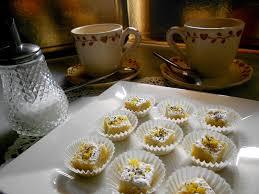 cuisine pour deux plaisirs sucrés bouchées citron jaune echappée en amoureux à