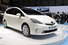toyota sienna europe geneva 2011 eu toyota prius mpv gains two more seats over its us