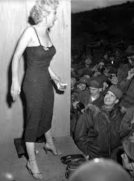 marilyn monroe was not even close to a size 12 16